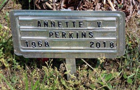 PERKINS, ANNETTE V. - Louisa County, Virginia | ANNETTE V. PERKINS - Virginia Gravestone Photos