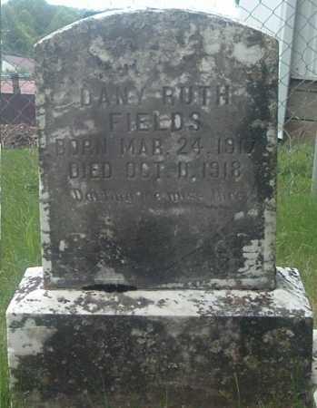 FIELDS, DANY RUTH - Russell County, Virginia | DANY RUTH FIELDS - Virginia Gravestone Photos