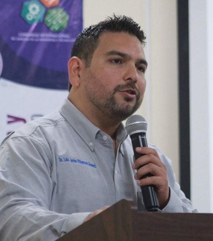 An image of Luis Villarreal-Gómez