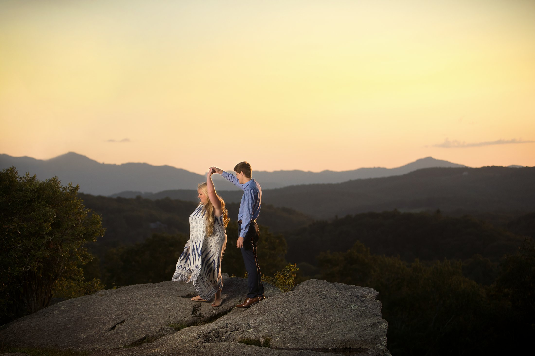 Blowing_Rock_Engagement.jpg
