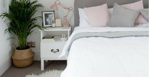 How to Organise Your Bedside Table