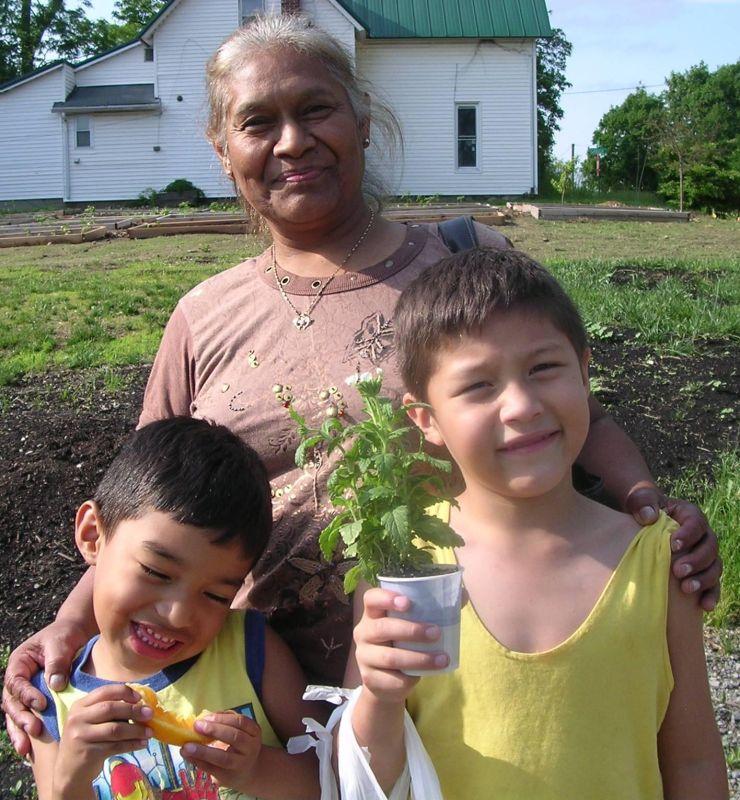 No Borders to Helping Felisa Reyes and grandsons