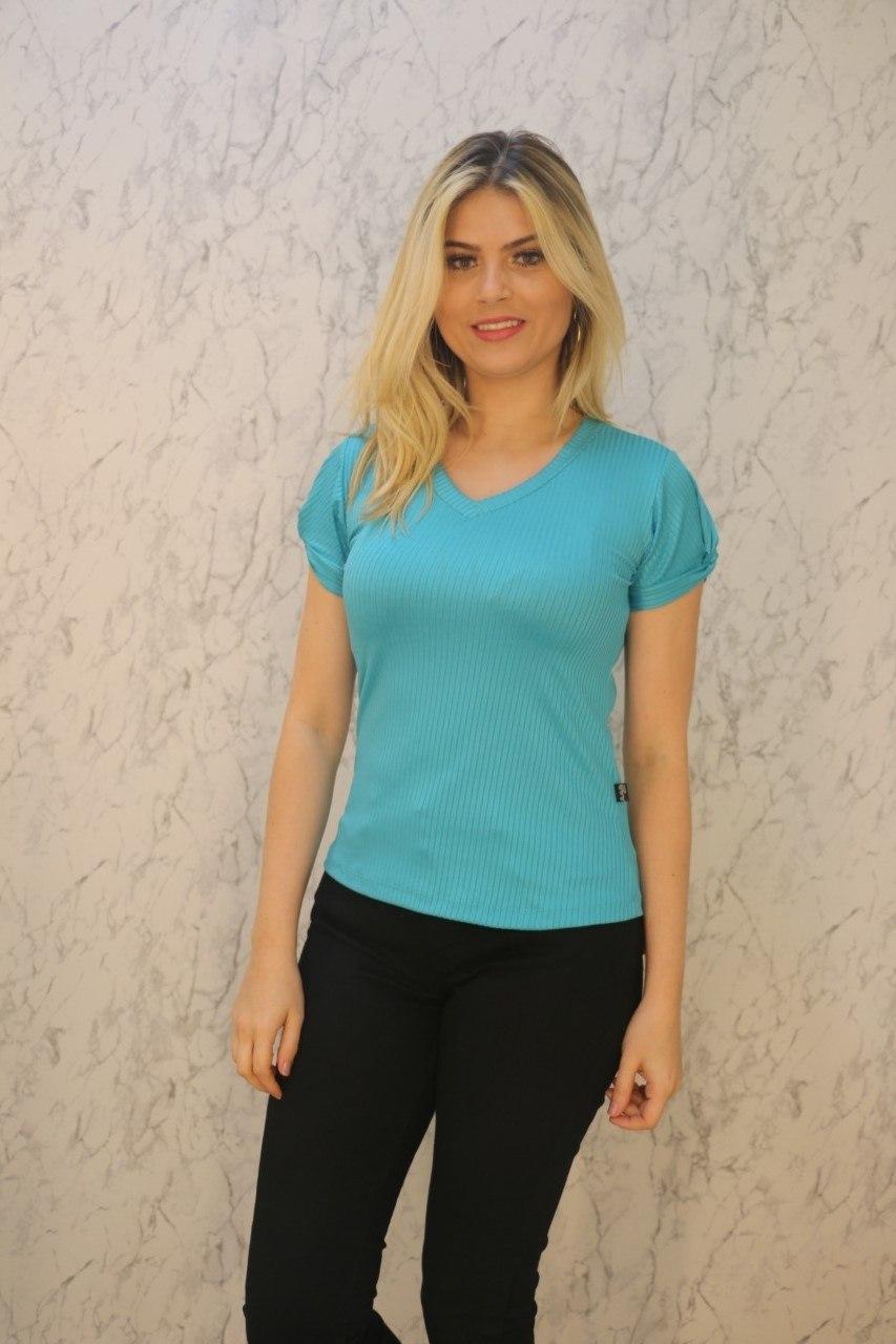 Blusa T-Shirt Azul Gola V Canelado Rarêrê