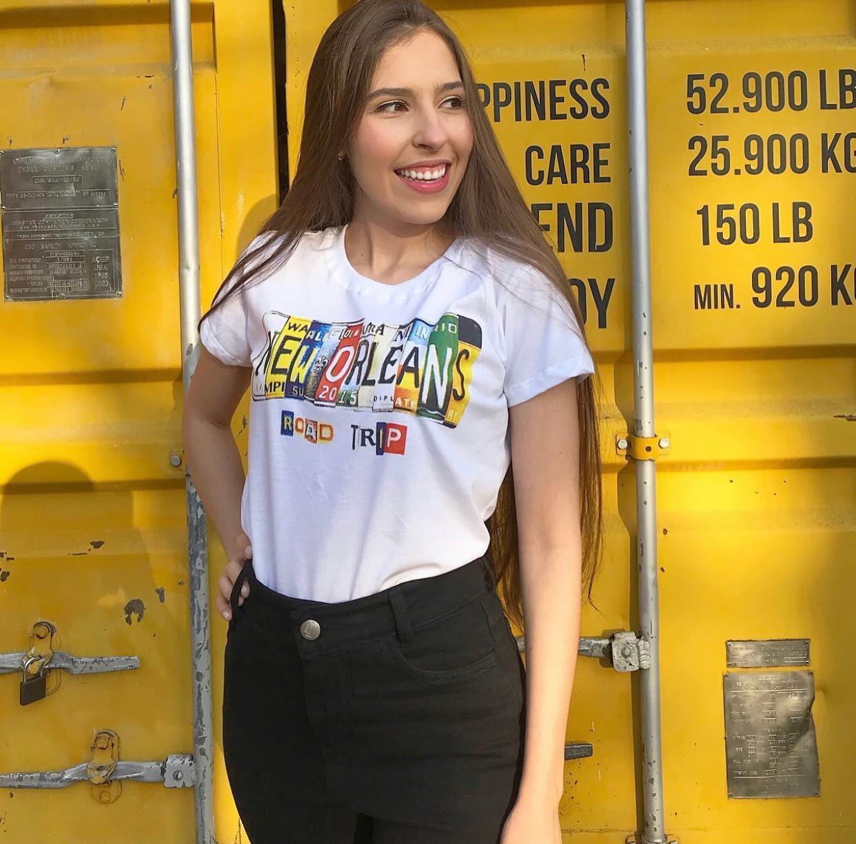 Blusa T-Shirt Branca Estampa Placa New Orleans Florê