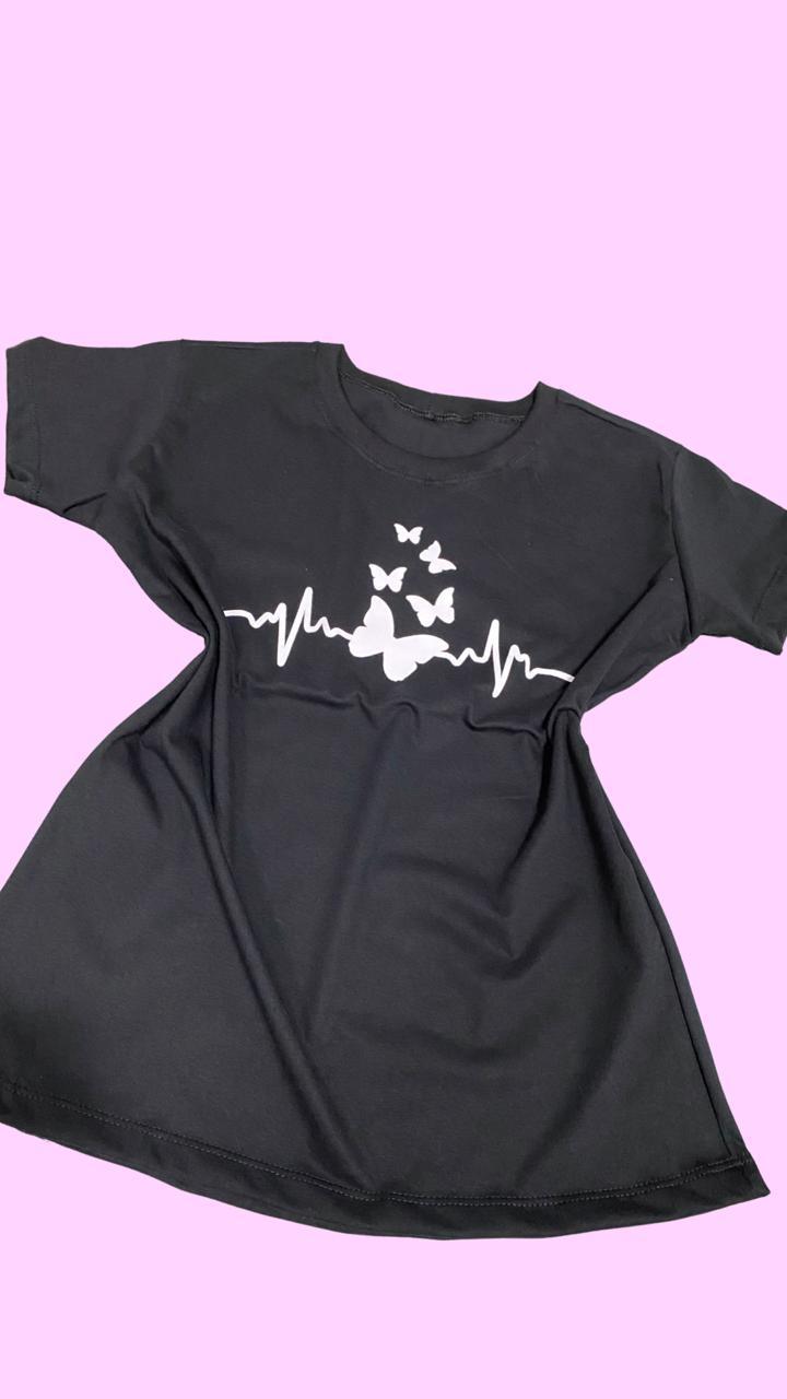 Blusa T-Shirt Preta Estampa Borboletas Florê