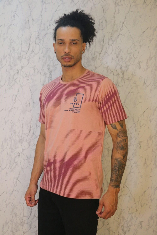 Camiseta Tradicional Rosa Seco Estampa Alto Relevo Burguês