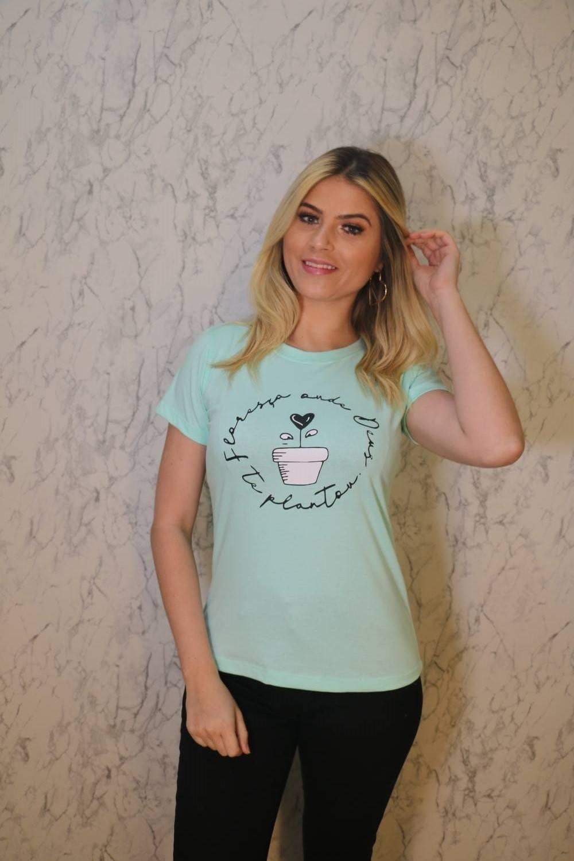 Blusa T-Shirt Verde Água Estampa Frase Trielas