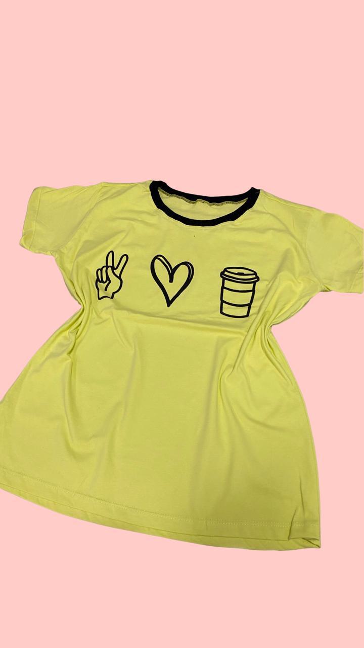 Blusa T-Shirt Verde Estampa Paz Amor e Café Florê