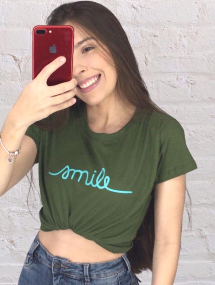 Blusa T-Shirt Verde Estampa Smile Florê