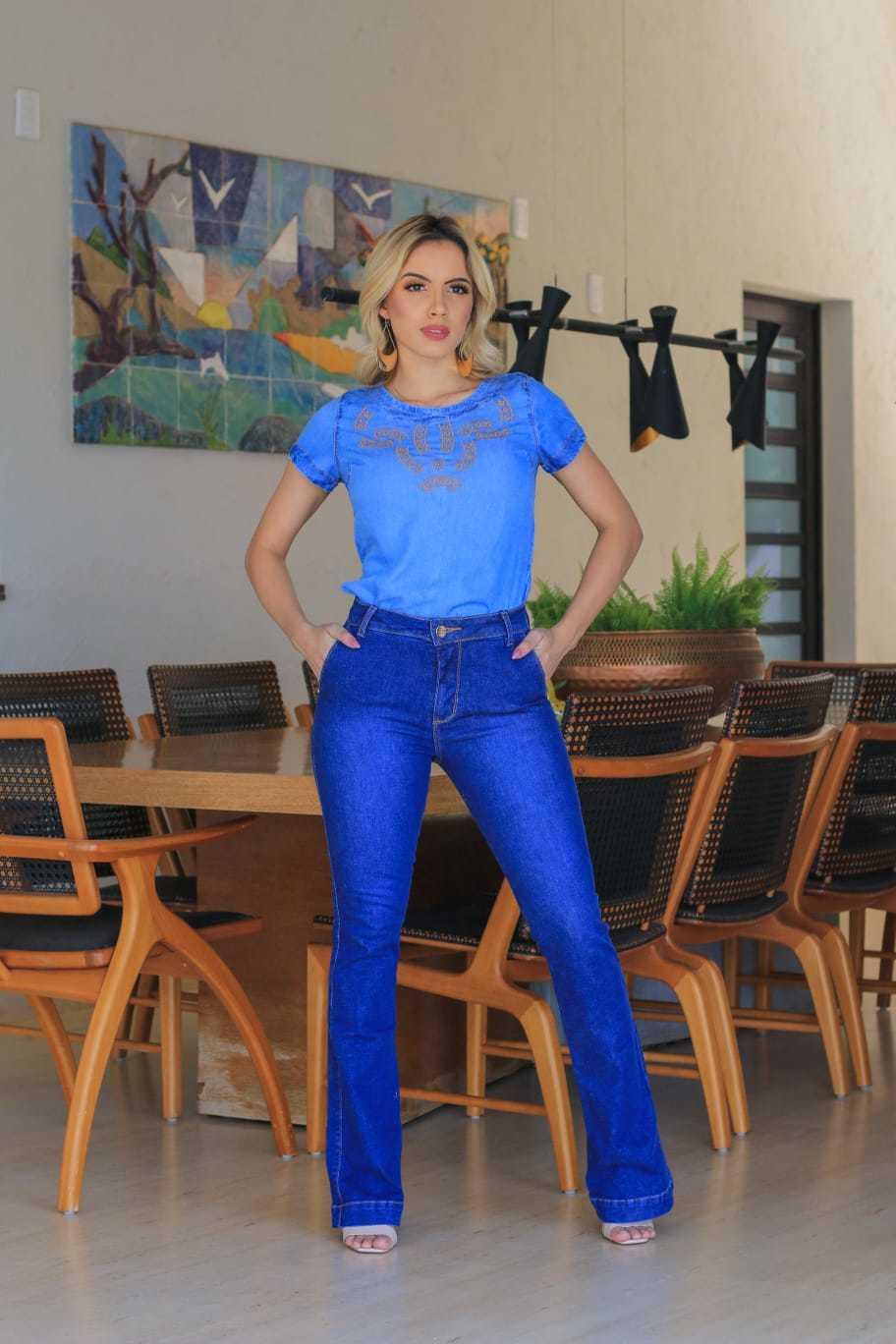 Calça Flare Jeans Escuro Bolsos Laterais Omni Vinci