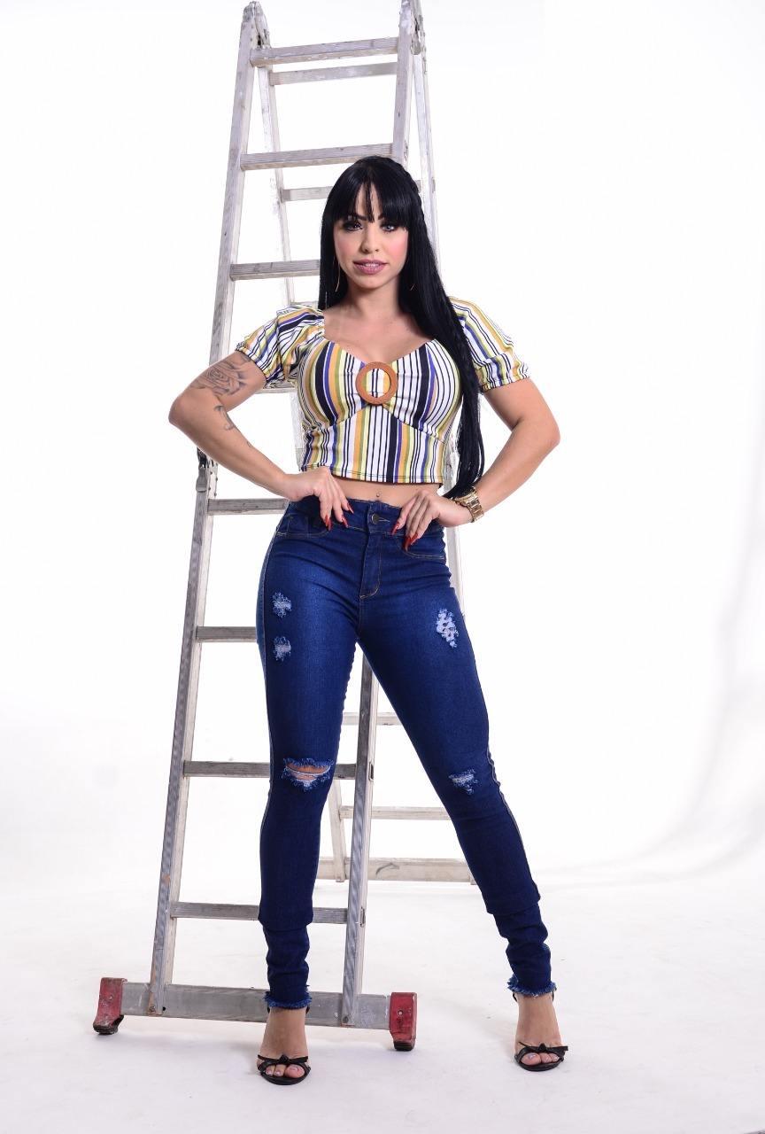 Calça Jeans com Detalhes Navalhados Infinity Brasil