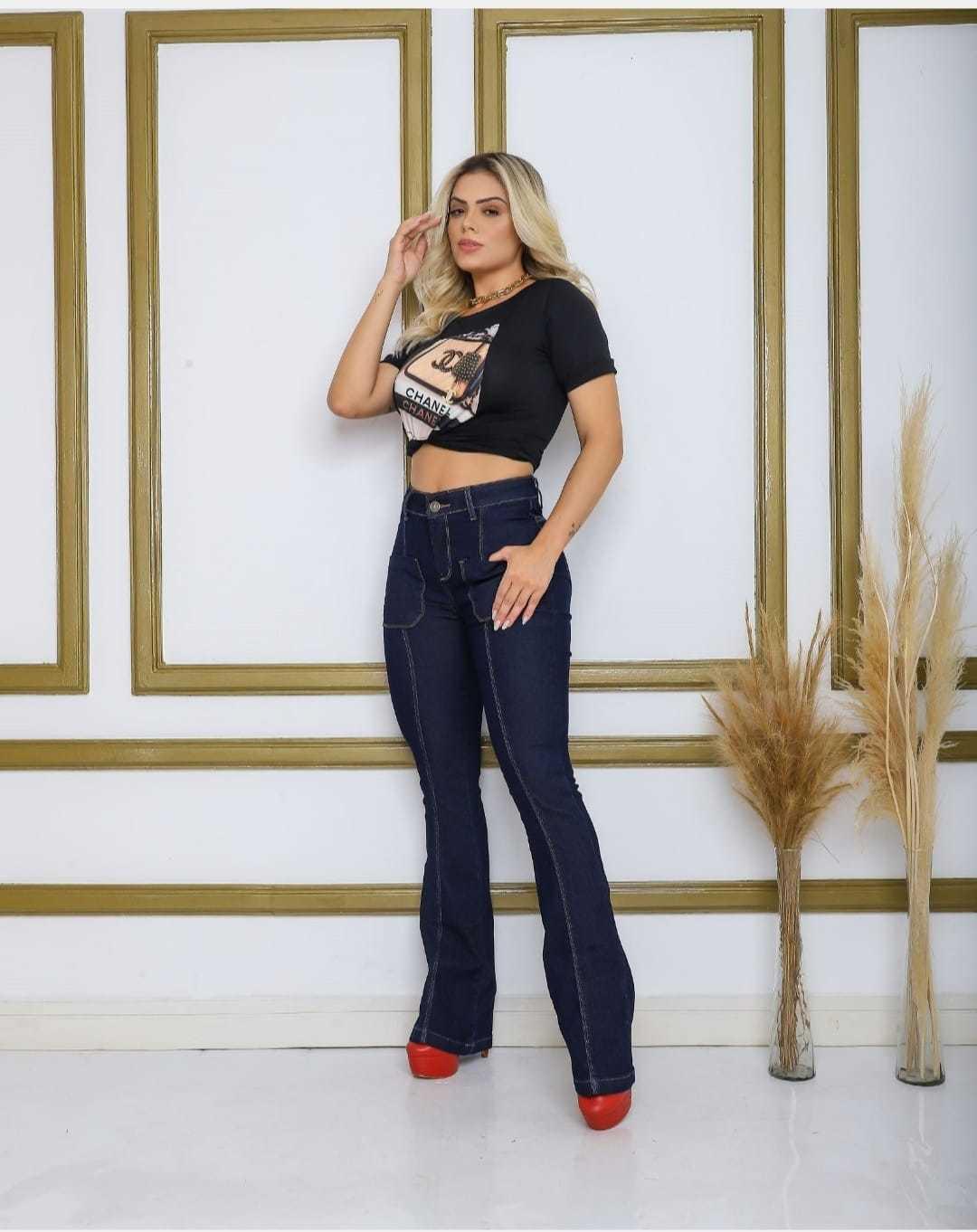 Calça Jeans Flare com Bolso Frontal Infinity Brasil