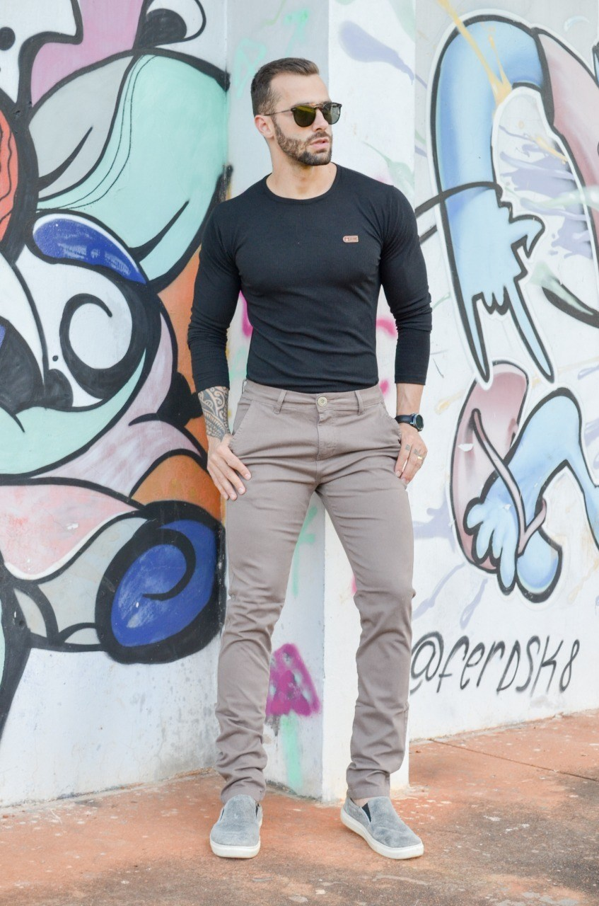 Calça masculina - Victor Kruz
