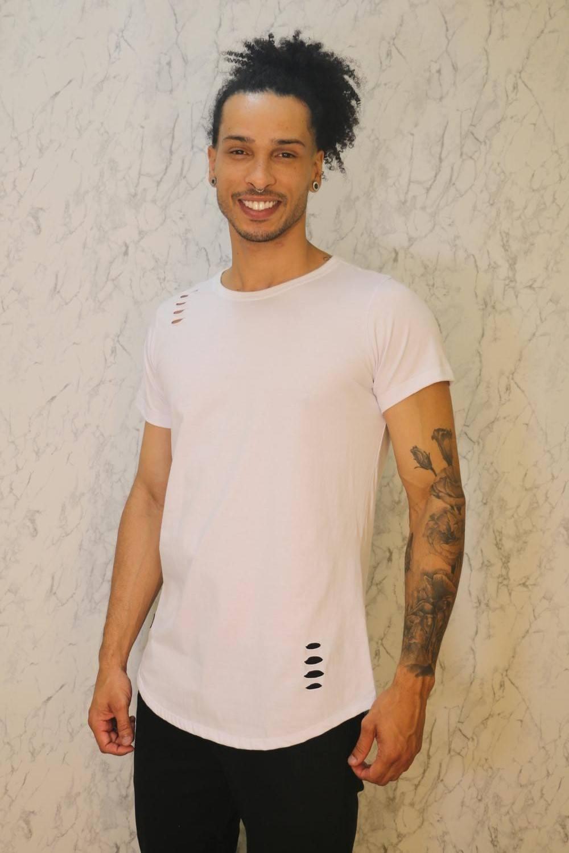 Camiseta Básica Long Line Branca Roma Outlet
