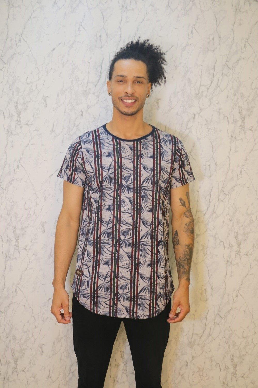 Camiseta Básica Long Line Estampa Floral Cinza Roma Outlet