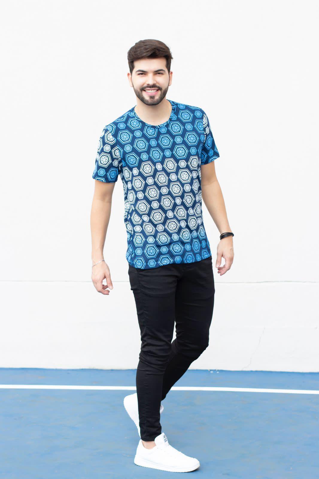Camiseta Gola O Estampa Azul Manguu