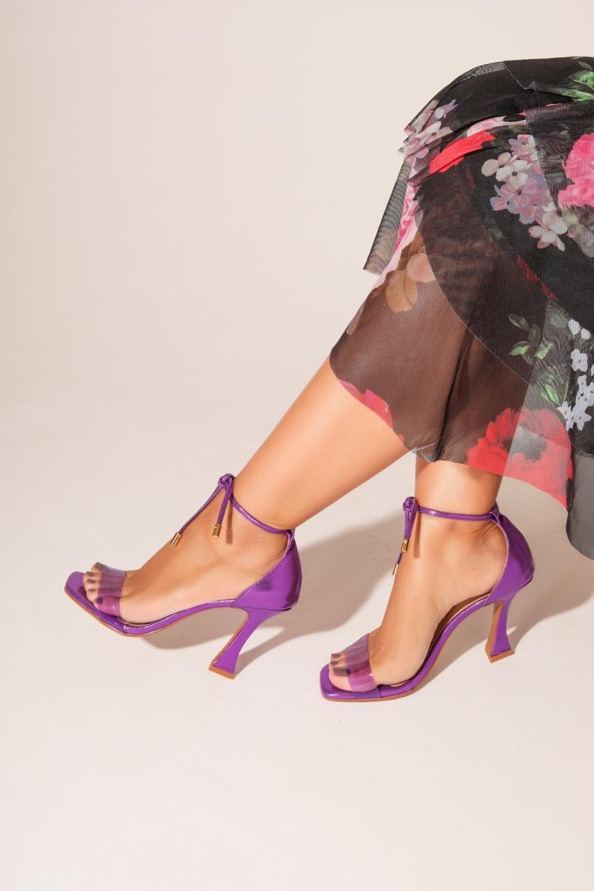 Sandália Salto Taça Meire Morais
