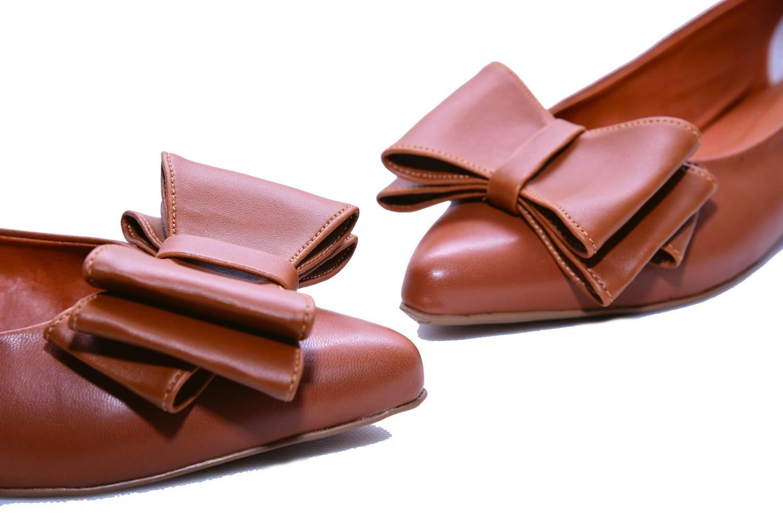 Sapatilha Bico Fino Caramelo Laço Duplo Smart Foot Shoes