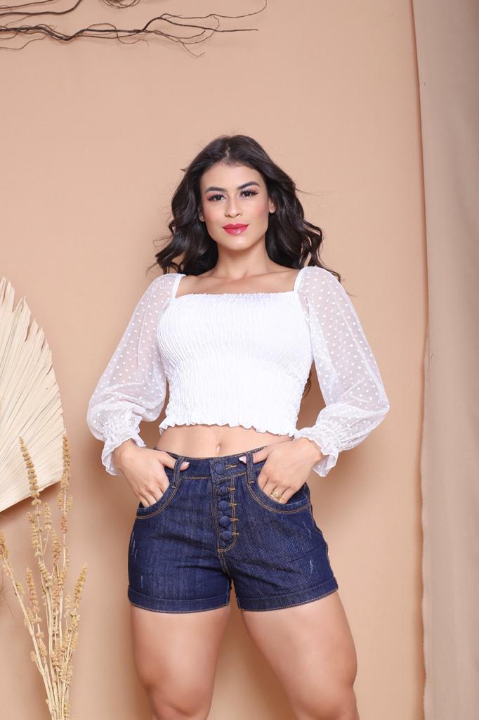 Short Feminino Jeans com Botões Lavagem Escura Estrogênio