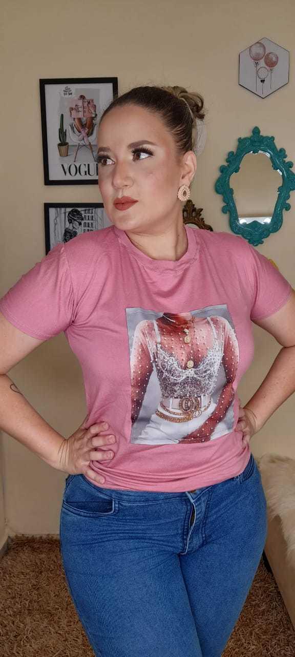 T-shirt com aplicação - BELLA LIV STORE