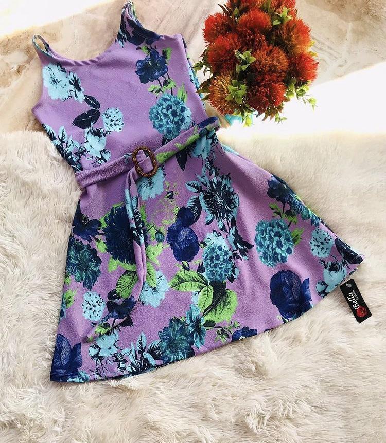 Vestido com cintinho -  Bella Fashion