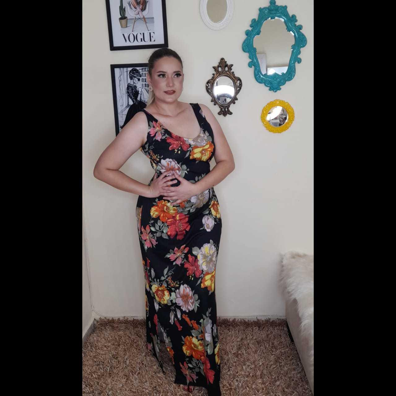 Vestido Flores Negras - BELLA LIV STORE