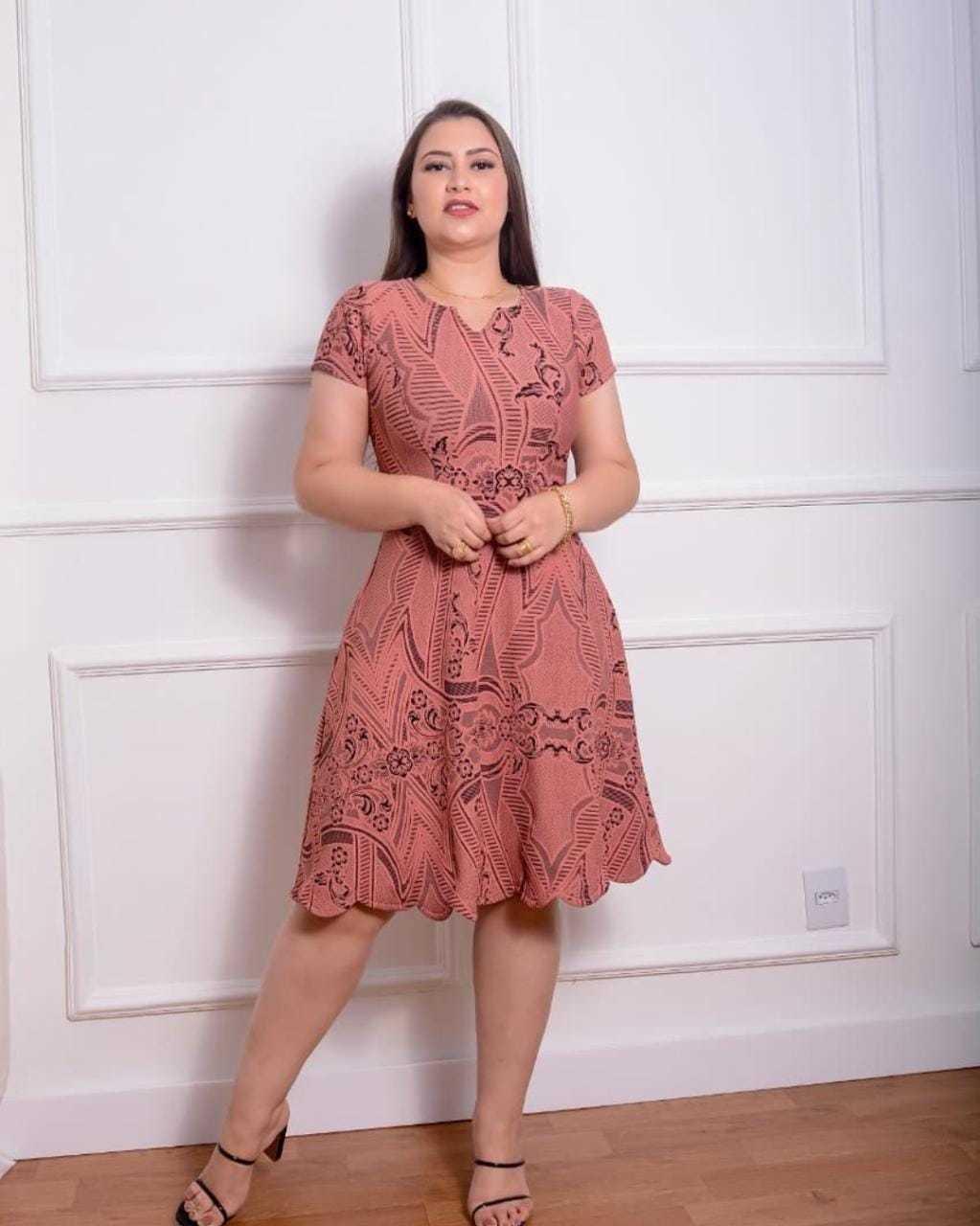 Vestido Godê Rosé Gola V Manga Curta Gesú