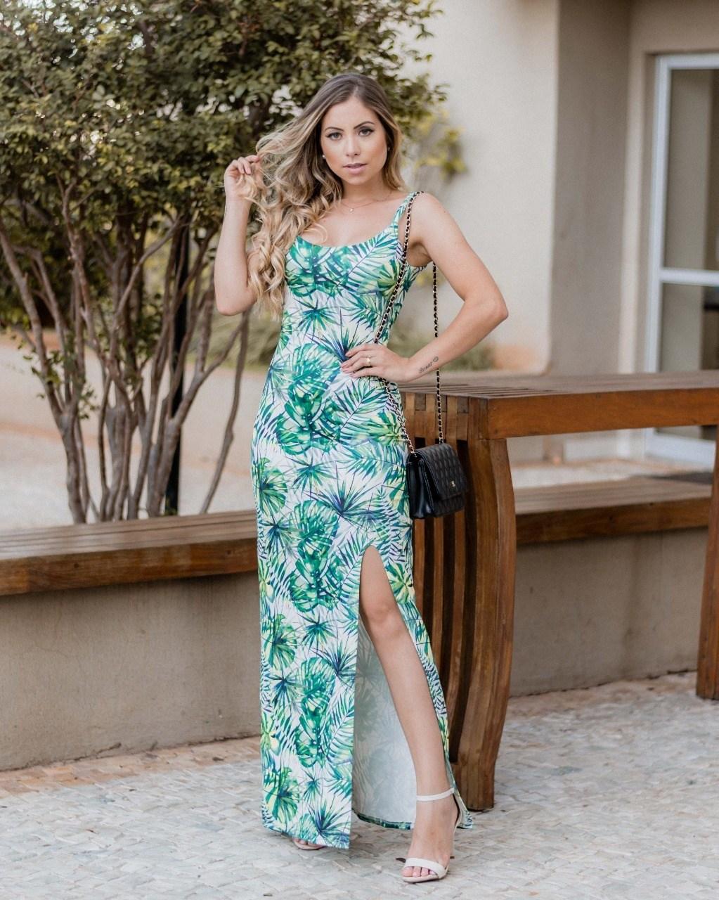 Vestido longo tradicional - Via Glamour