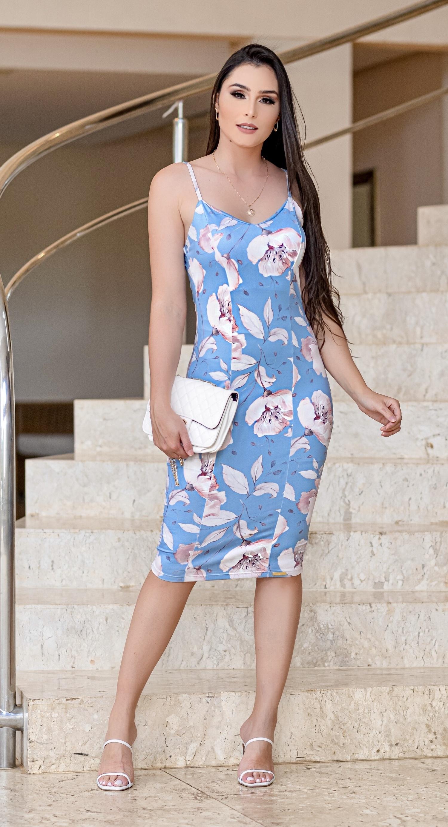 Vestido midi - Via Glamour