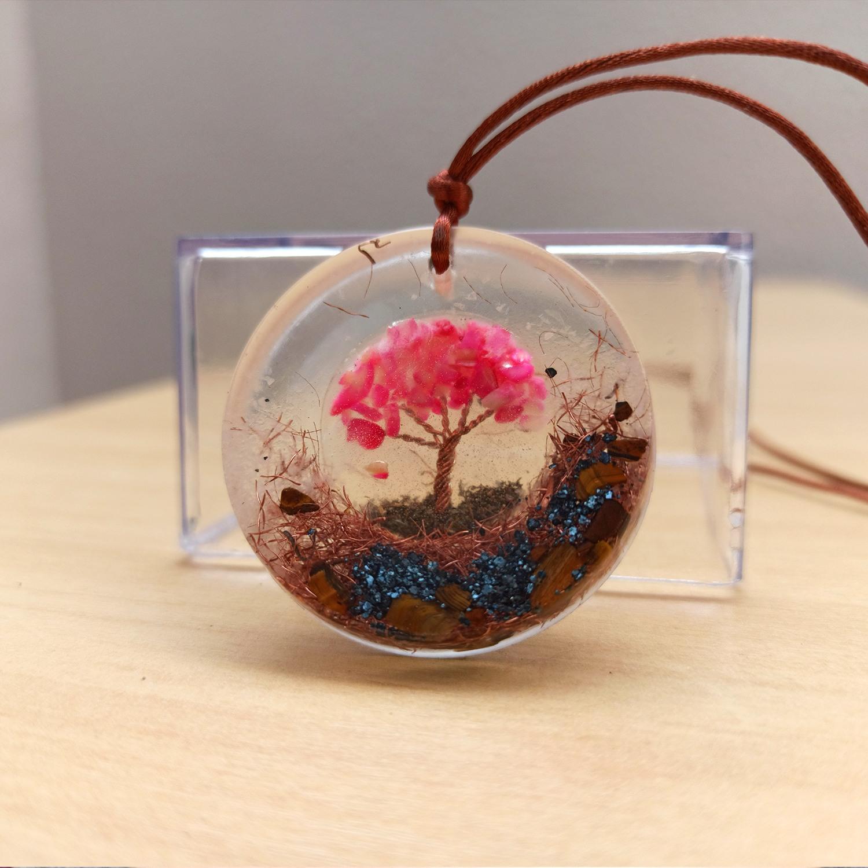 Colar de Orgonite - Árvore da Vida Rosa