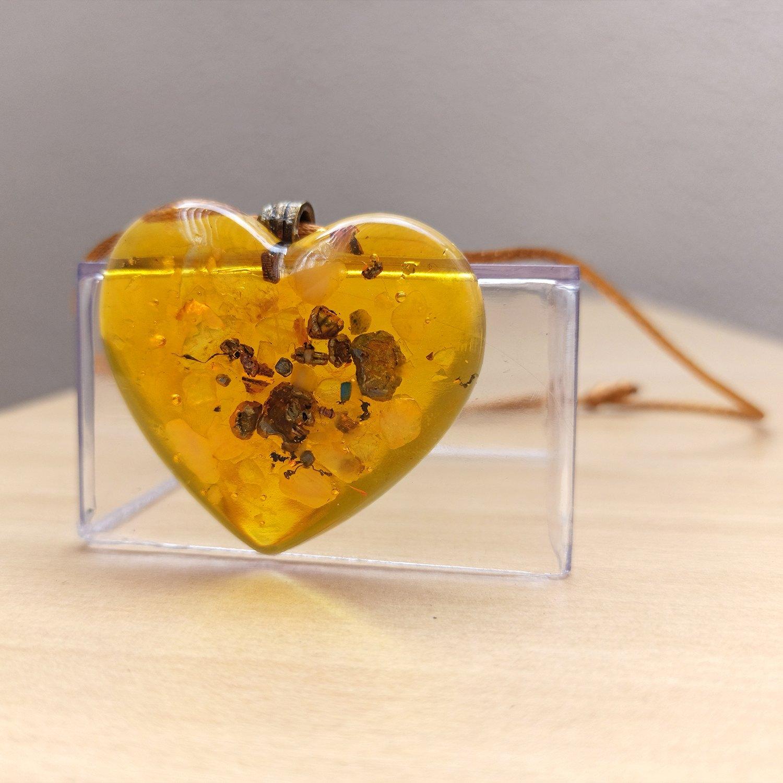 Colar de Orgonite - Coração com Pirita da Sorte