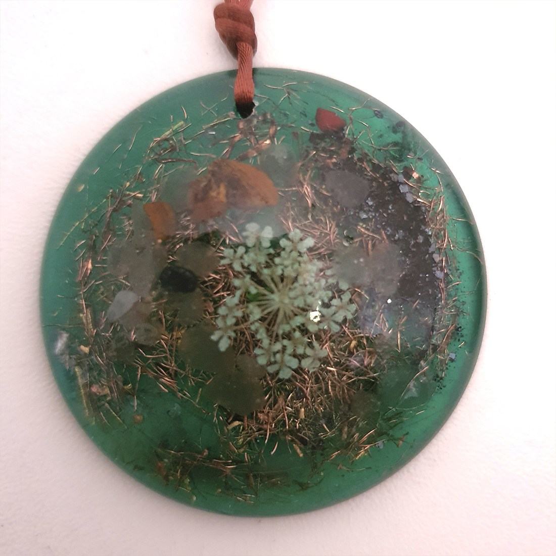 Colar de Orgonite - Flor da Proteção Verde