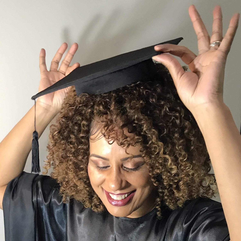 Chapéu de Formatura Capelo DaMinhaCor para Cabelos Crespos e Volumosos