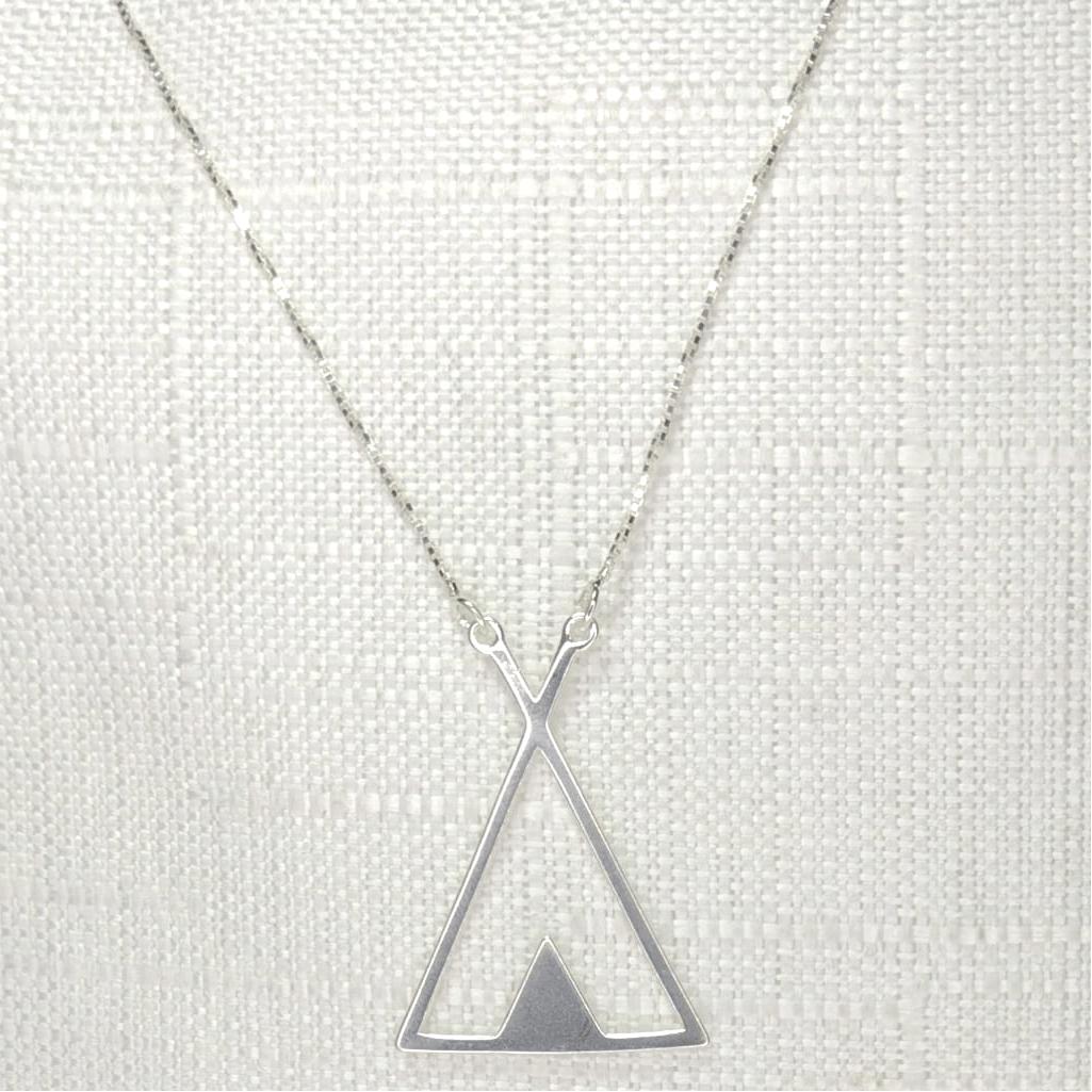 Colar Triângulo Duplo