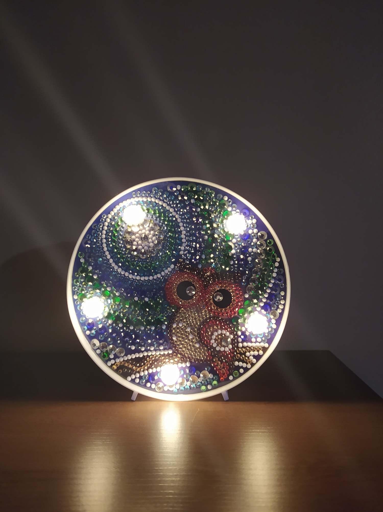 Arte em Cristais - Luminária Coruja