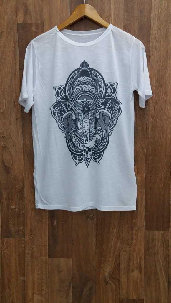 Camiseta Ganesha em tons de cinza