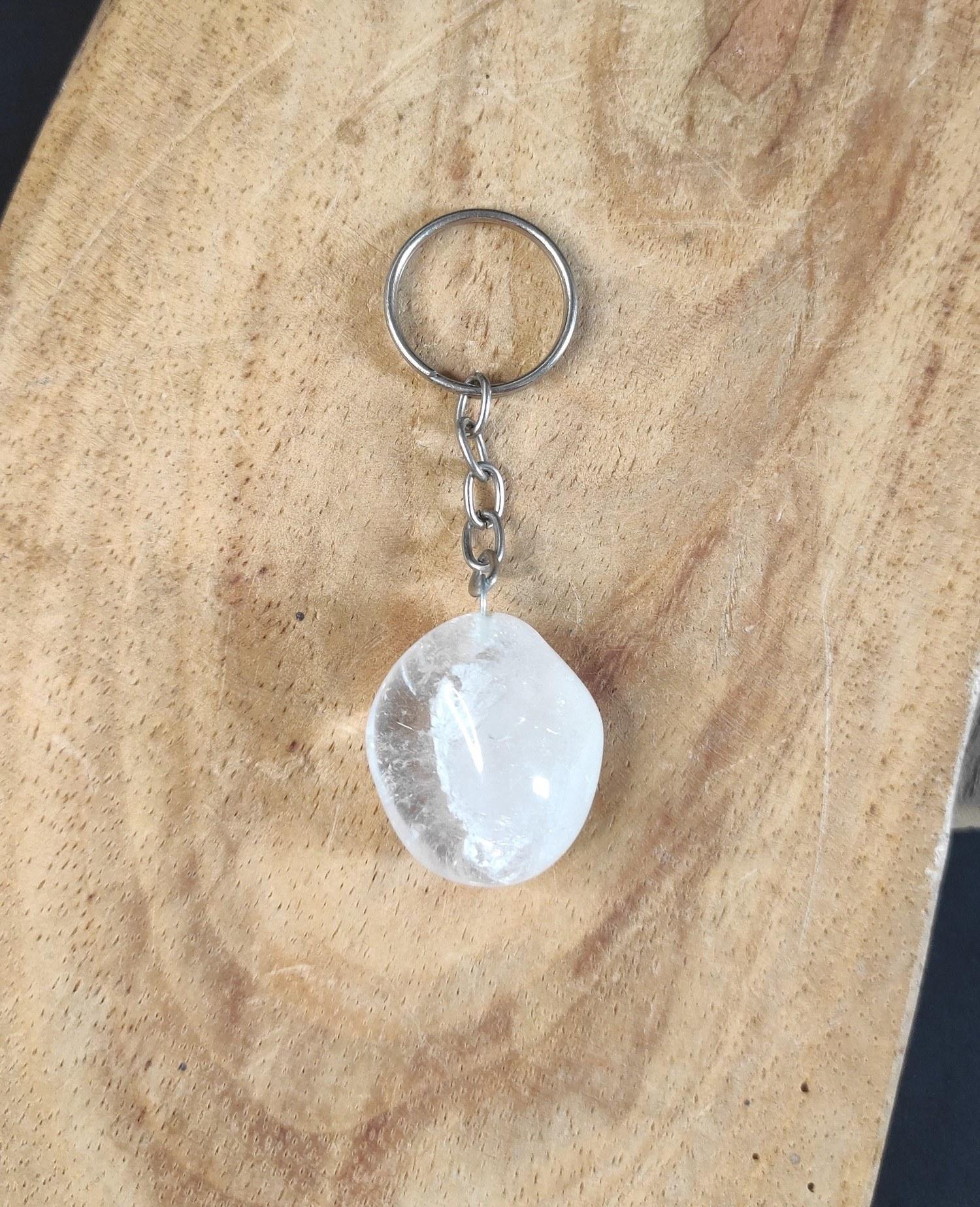 Chaveiro de cristal pedra cristal de quartzo translúcido
