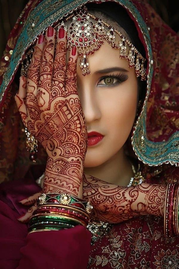 chinelo árabe modelo rosto