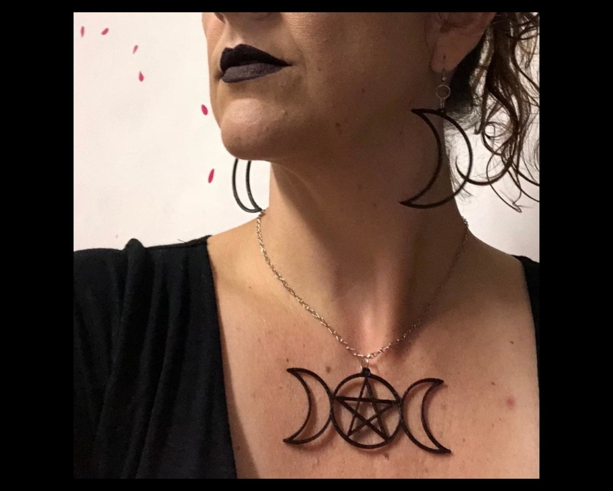 Conjunto Triluna e Pentagrama - Lua Tríplice - Colar e Brincos Wicca