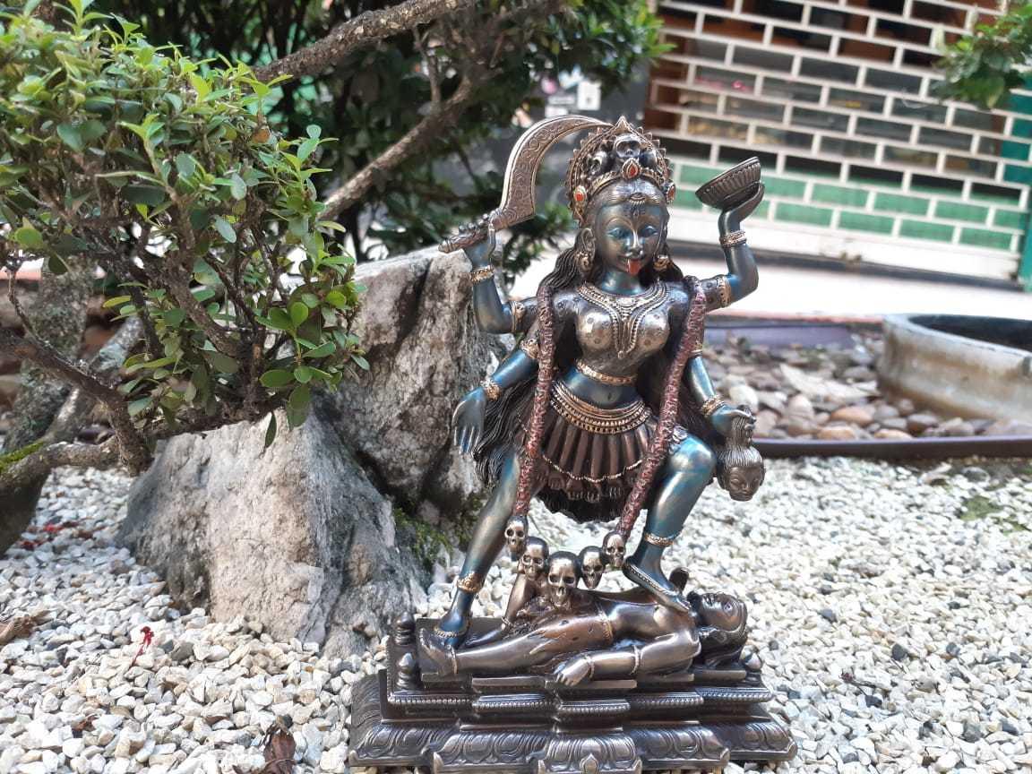Deusa Kali, 20cm - peça importada