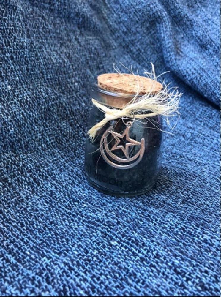 Escalda-pés de Incenso Negro 110g com colher dosadora em madeira gravada a mão + brinde