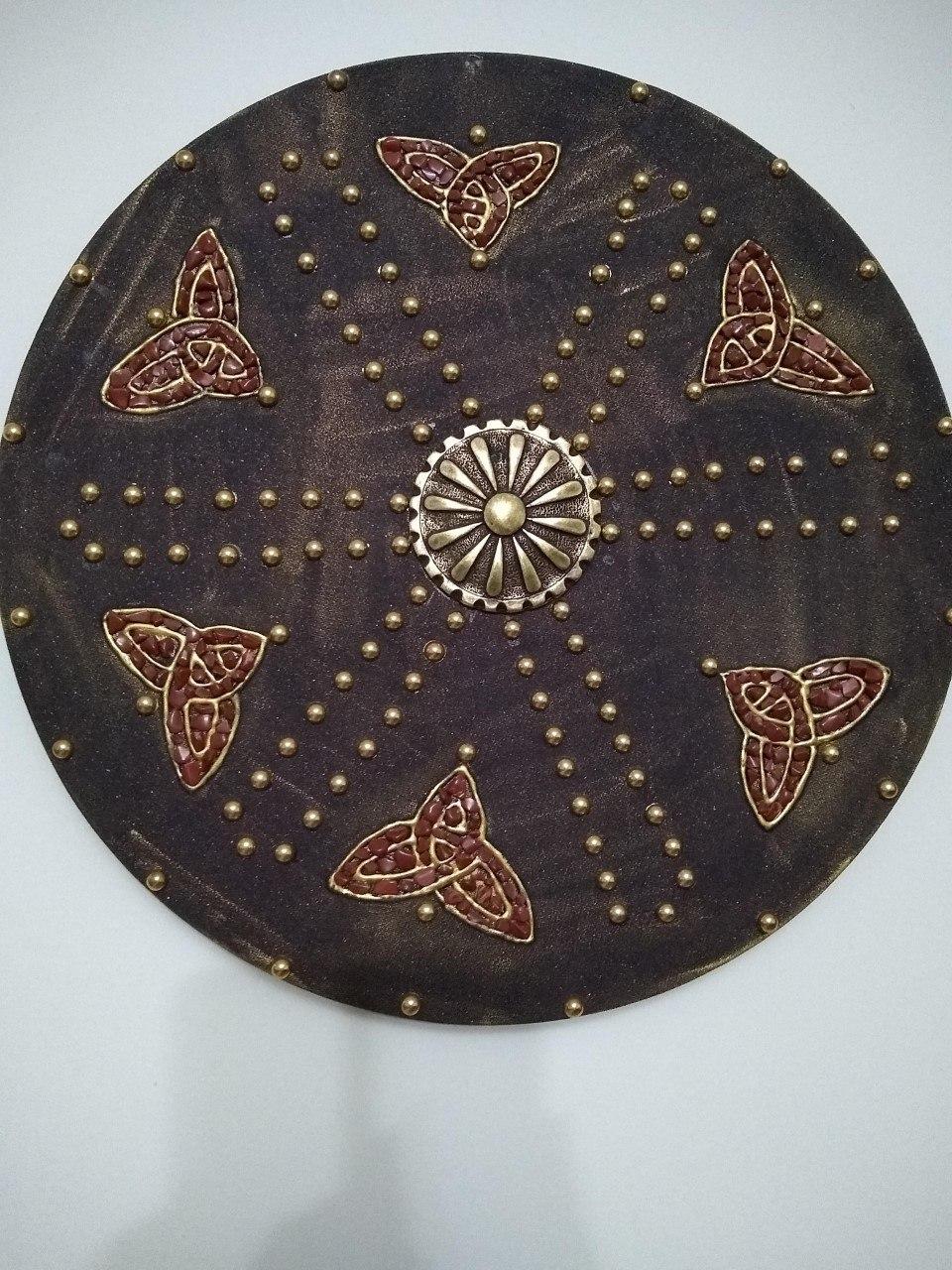 Mandala Escudo Triquetra