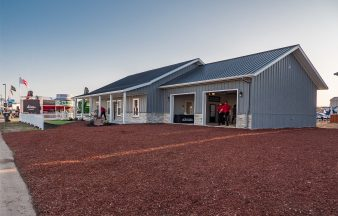 Metal Barn Homes >> Metal Building Homes Cabins Steel Frame Houses By Morton