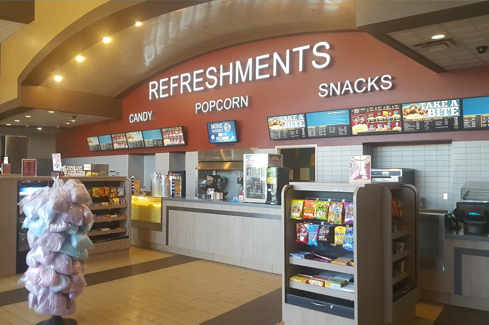 Waterloo Movie Theatre | Marcus Theatres