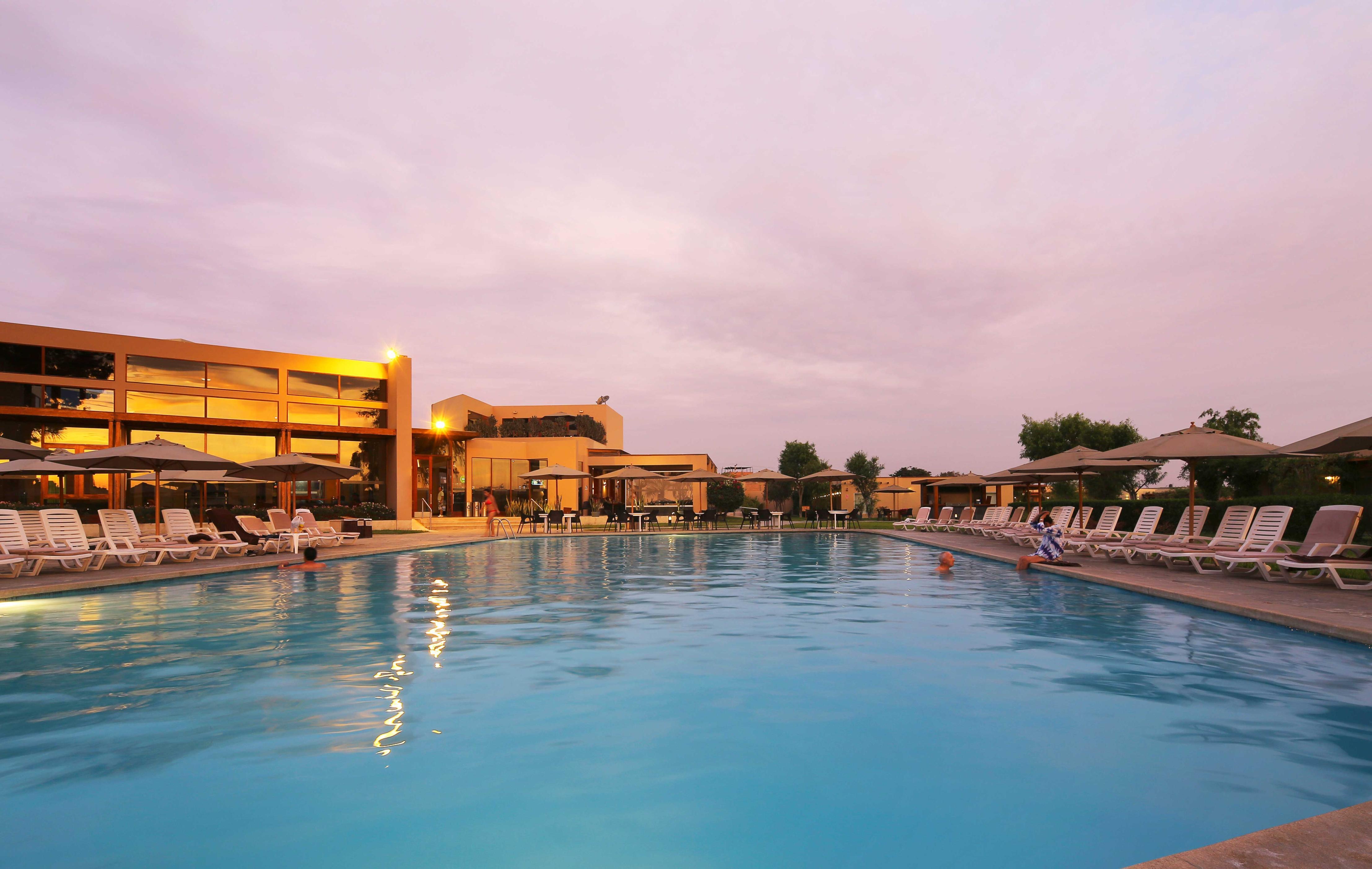 casa-andina-standard-chincha-tiempo-libre-piscina