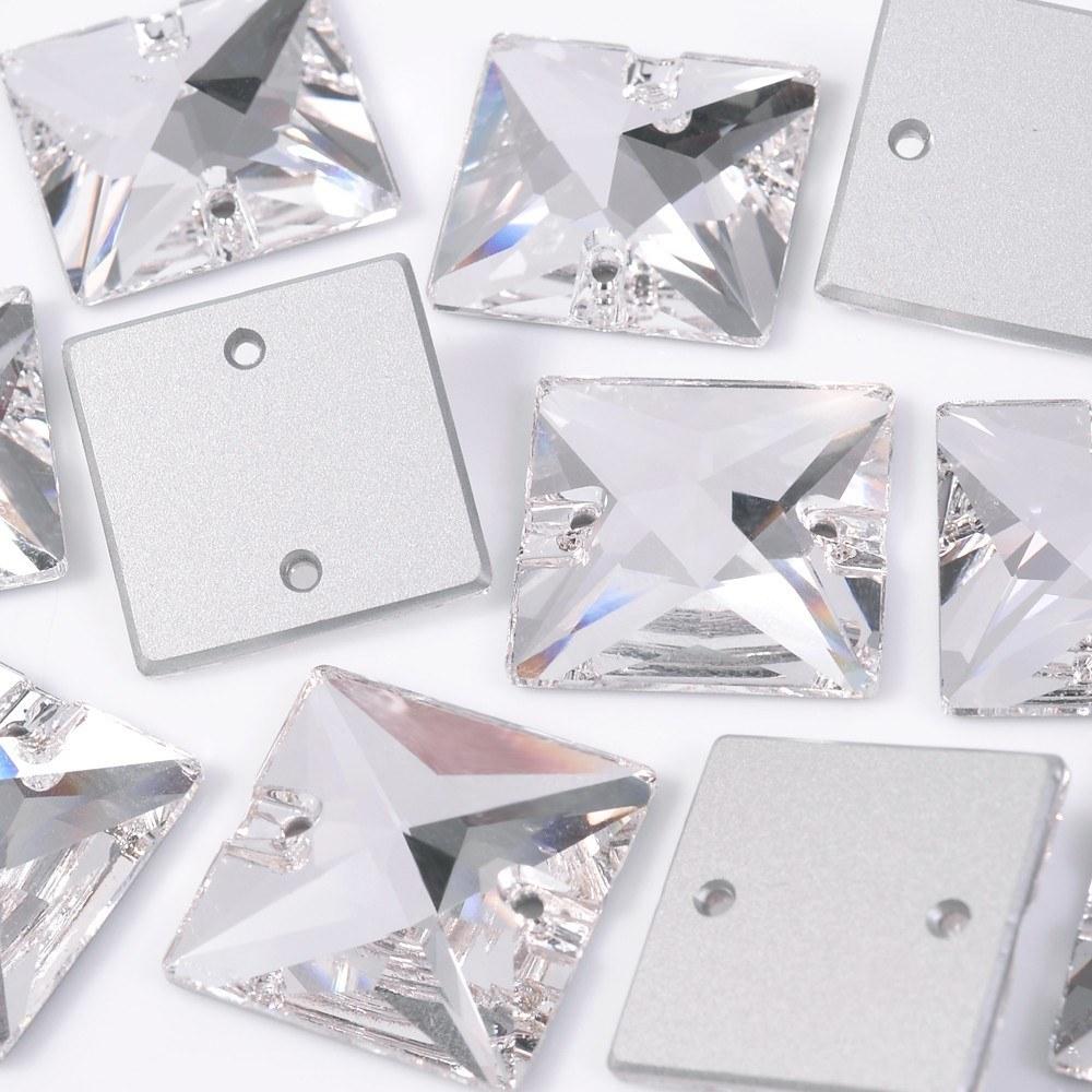 Quadrado para costura Preciosa® art. 438 73 303 Cristal 22mm 8 peças