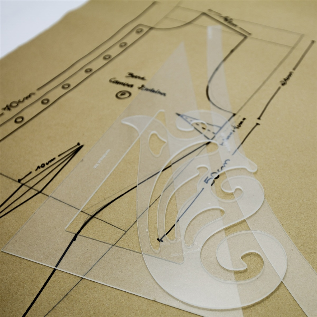 Réguas de modelagem - Kit C Quadril, Esquadro 60, C Francesa