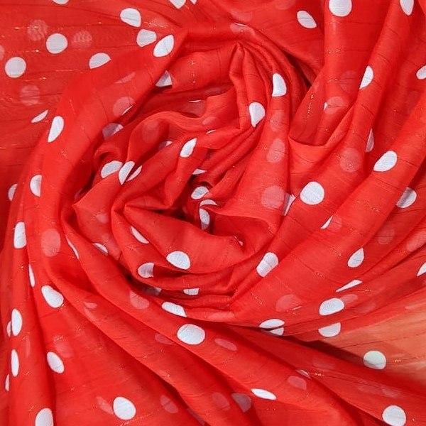Tecido Crepe Chiffon Toque De Seda Point Sprit  Coleção Petit Poá Cor Vermelho Com Poá Branco