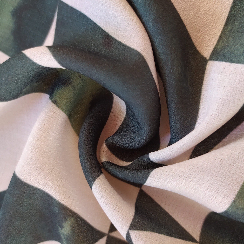 Tecido Crepe Linen Estampado Barrado Geométrico