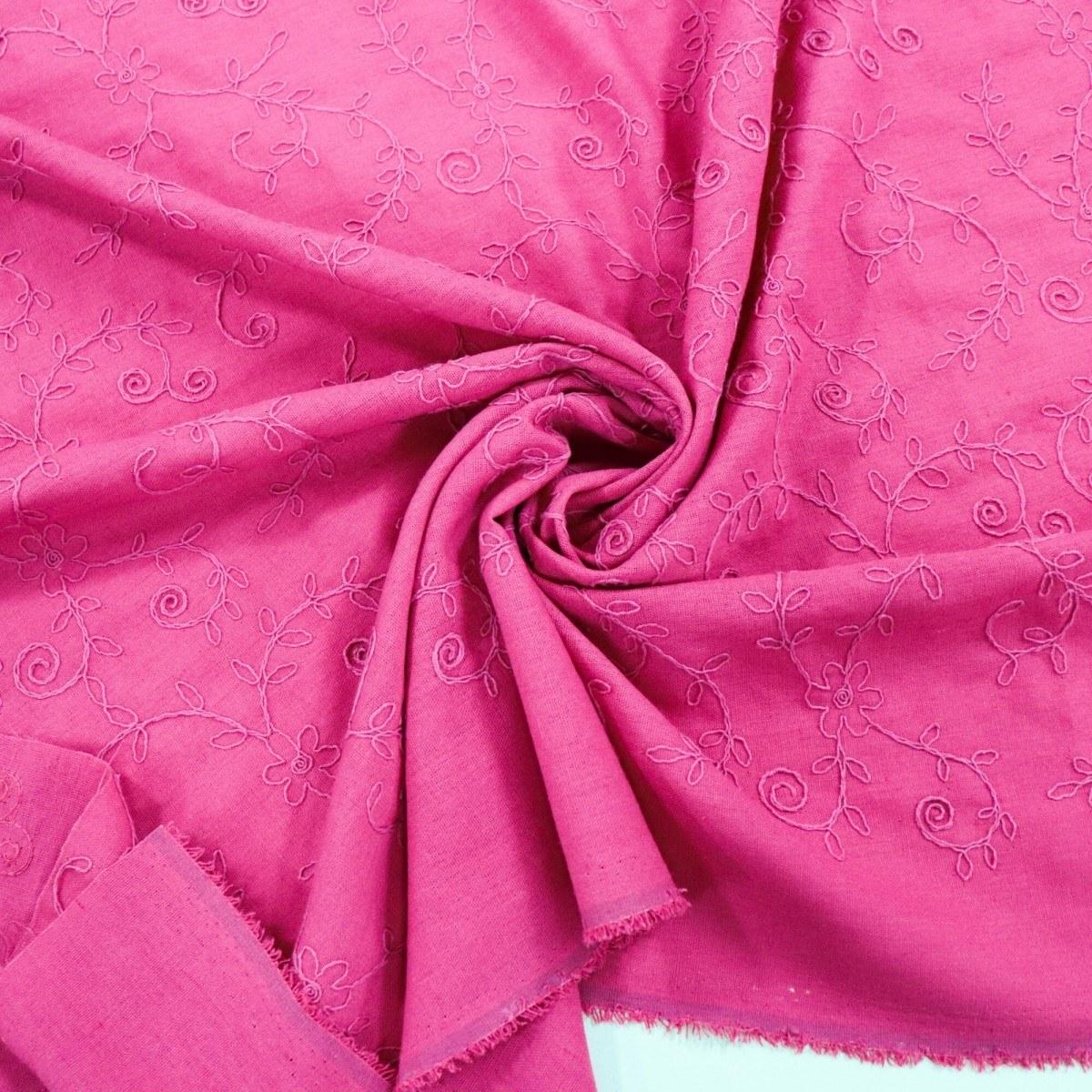 Tecido Linho Misto Bordado Flores e Folhas Pink